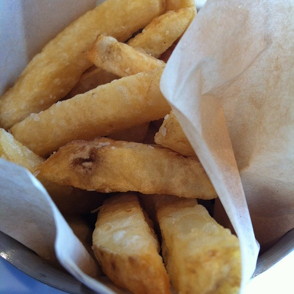 Kennebec Fries - Rogue Kitchen & Wet Bar - Broadway, Vancouver, BC