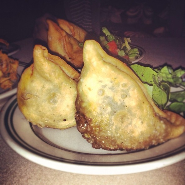 Meat Samosa - India's Tandoori Cuisine of India - Wilshire, Los Angeles, CA