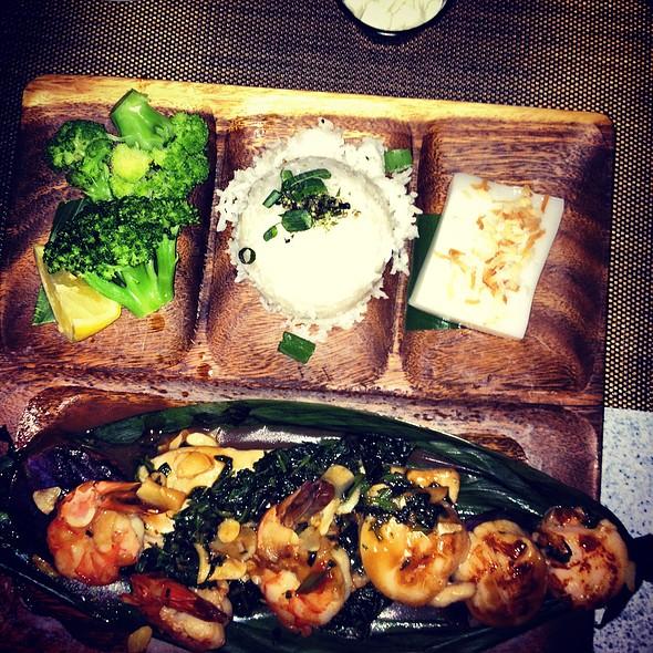 Seafood Lau Lau - Lahaina Fish Co., Lahaina, HI