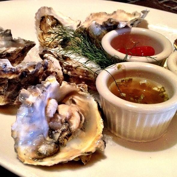 Hog Island Oysters - John Ash & Co., Santa Rosa, CA