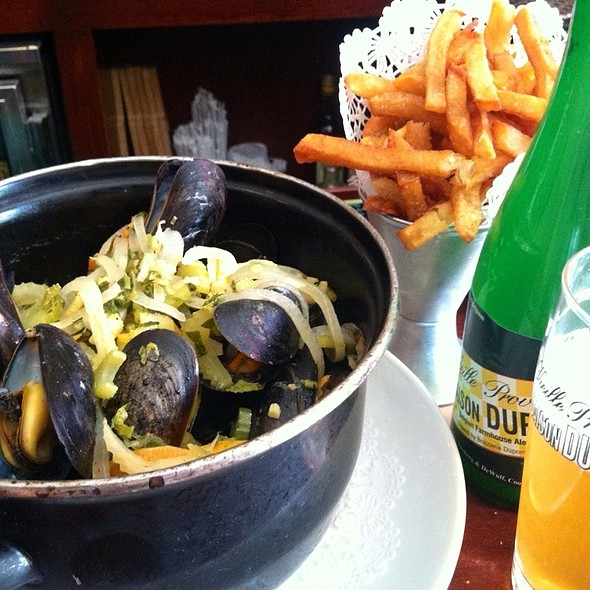 Curry Mussels - B. Cafe West, New York, NY