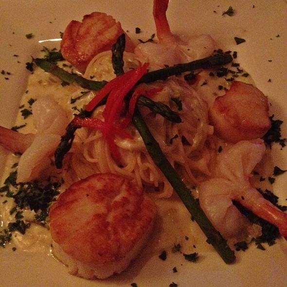 Shrimp And Scallops Chardonnay - Brentwood Restaurant & Wine Bistro, Little River, SC