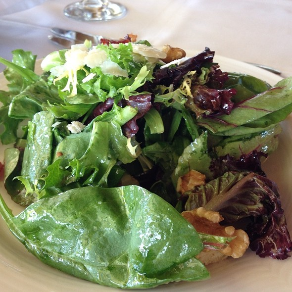 Giudecca Salad - Toula Restaurant, Toronto, ON