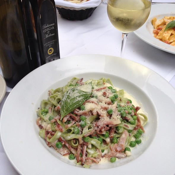 Ravioli w/spinach and Ricotta And Ribeye - Bice Cucina FKA Bistro Milano, New York, NY