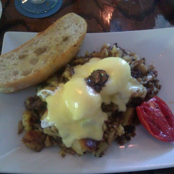 Hash and eggs - Azur, Key West, FL