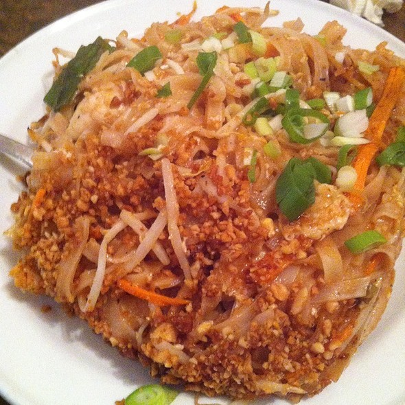 Pad Thai - The North London Tavern, London
