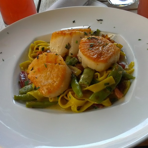 Seared Scallop Fettuccini - Posana, Asheville, NC