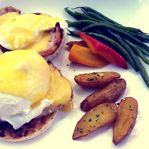 Eggs Benedict - Bodega, Toronto, ON