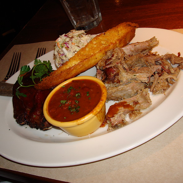 BBQ Pulled Pork - Cannery Row Brewing Company, Monterey, CA