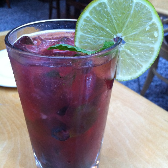 Blueberry mojito - Jump Restaurant, Toronto, ON