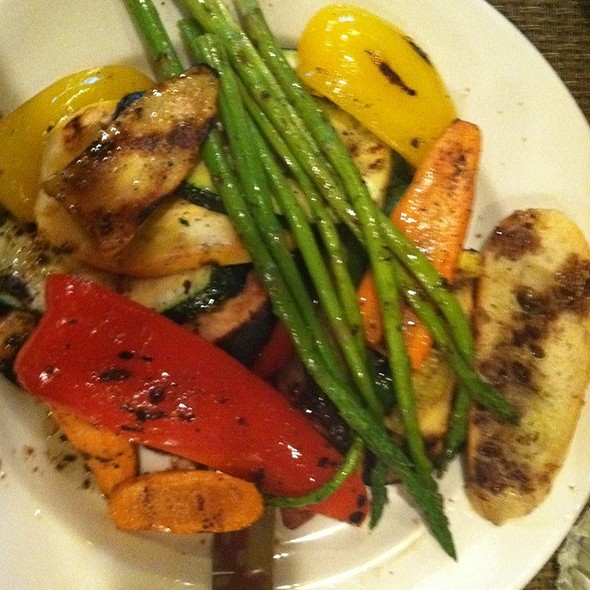 Mixed Vegetable Plate - Rosebud Theater District, Chicago