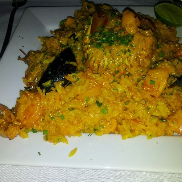 Paella - Fifi's Seafood Restaurant, Miami Beach, FL