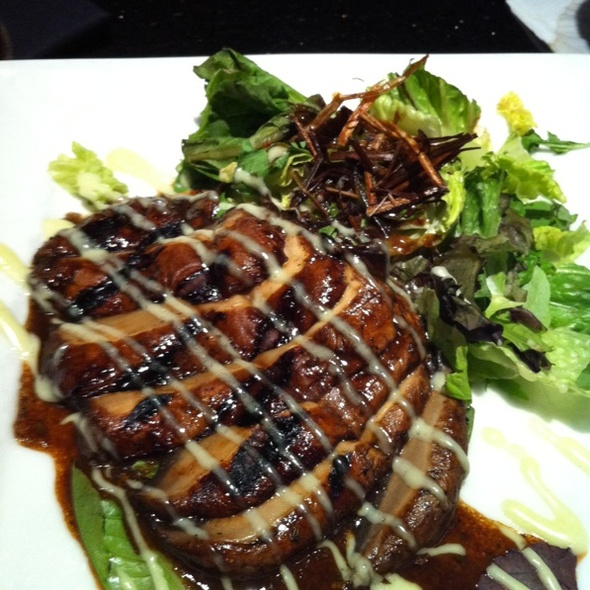 Grilled Portobello Mushrooms - Stanford's - Northgate, Seattle, WA