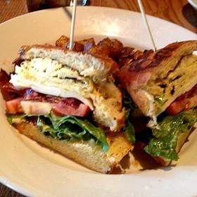 Breakfast Club - Cibo E Beve, Sandy Springs, GA
