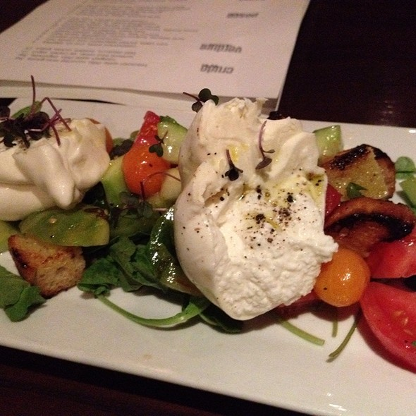 Heirloom Tomato, Arugula & Burrata Salad - Cucina 24, Asheville, NC