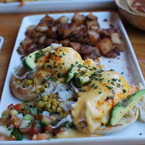 Eggs Benedict - Peso's, Seattle, WA