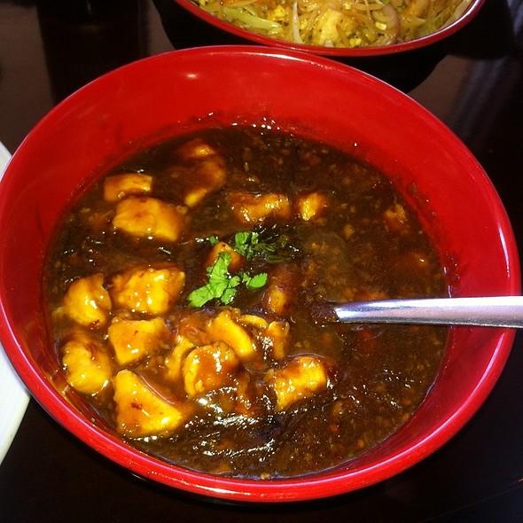 Chicken In Manchurian Sauce - Bombay Chopsticks, Hoffman Estates, IL