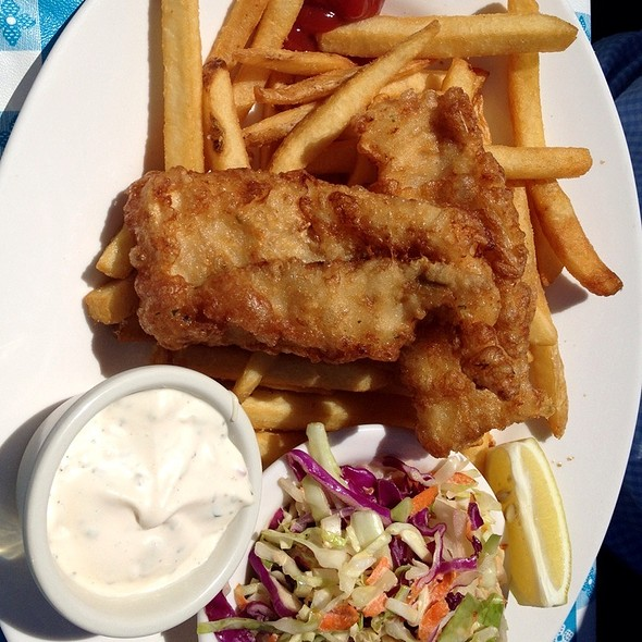 Fish and Chips - Sam's Anchor Cafe, Tiburon, CA