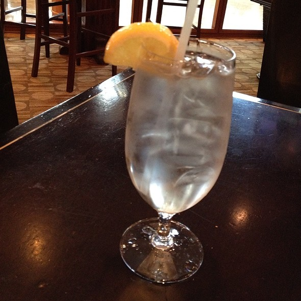 Water With Lemon - Juliette's Bistro at Omni Jacksonville Hotel, Jacksonville, FL
