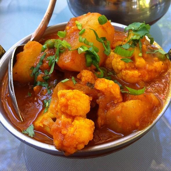 aloo gobi - Yeti Indian Cuisine Restaurant, Glen Ellen, CA