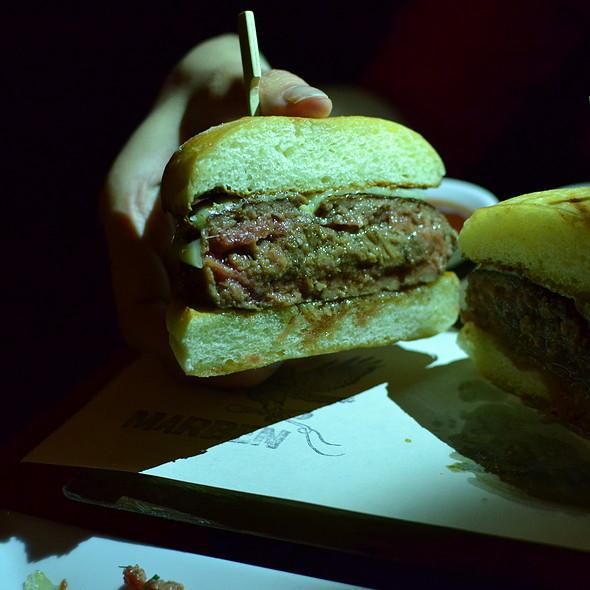Burger - Marben, Toronto, ON