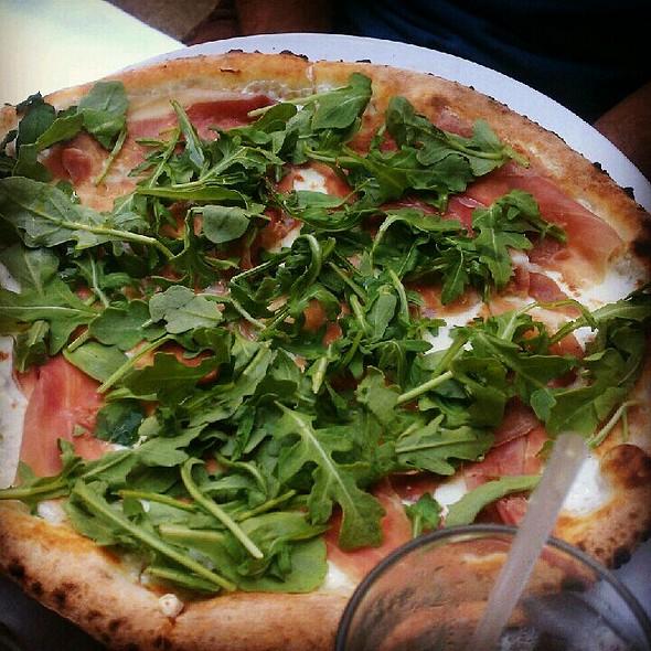 Mozzarella Prosciutto Di Parma And Wild Arugula Pizza - Baci Abbracci, Brooklyn, NY