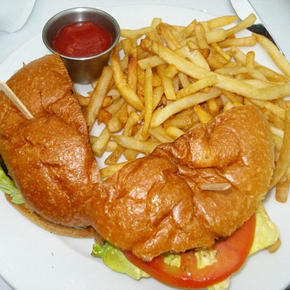 Cheeseburger - Tangata Restaurant, Santa Ana, CA