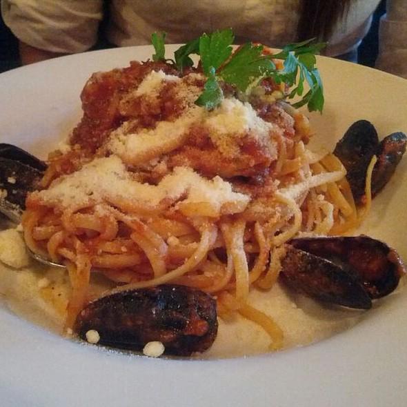 Linguini Di Mare - Baldini, Toronto, ON