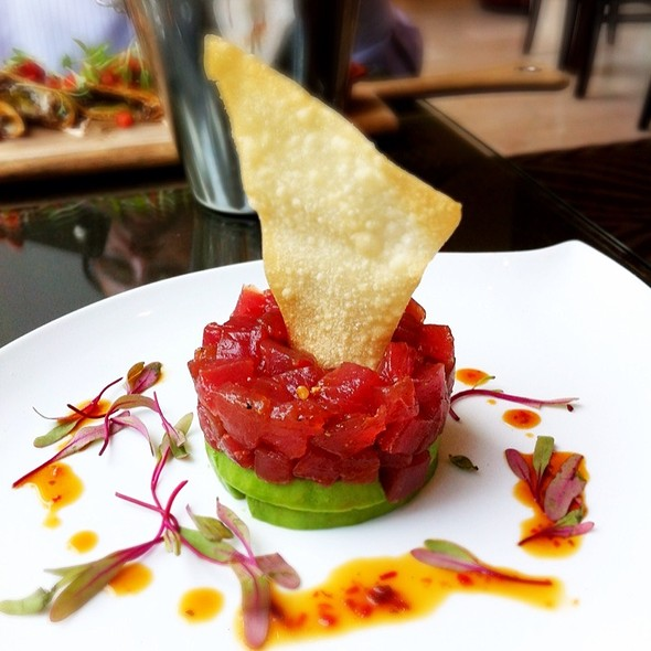 Tuna Tartare - The Mortimer Bar & Lounge at the Hotel Adagio, San Francisco, CA