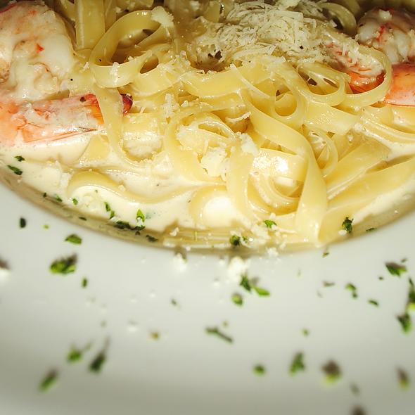 Shrimp Fettuccine Alfredo - Al Fresco Italian Restaurant, Newport News, VA