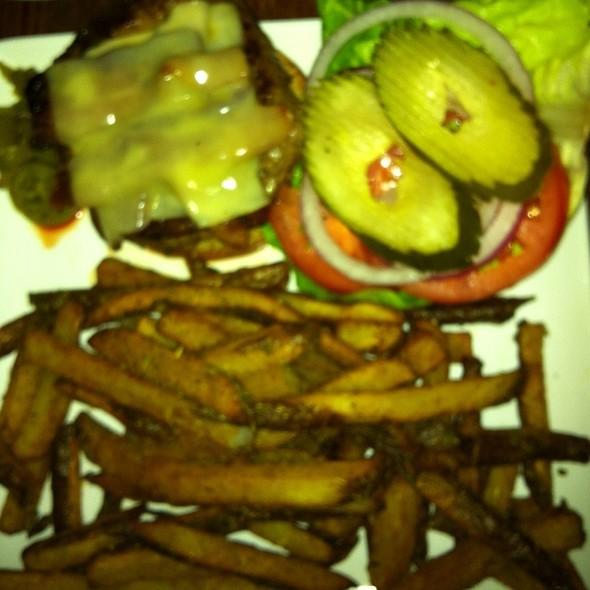 Max's Kobe Burger - MAX's Wine Dive San Antonio - East Basse Rd, San Antonio, TX