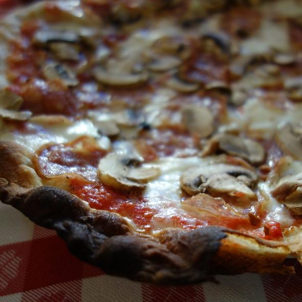 Cigniala  <Speical> Za/ Wild Boar/ San Marzano Tomato/ fresh Mozzarella/ Champignon Mushroom - Baonecci Ristorante, San Francisco, CA