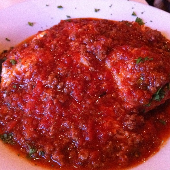 Lasagna with Meat Sauce - La Gondola - Ashland, Chicago, IL