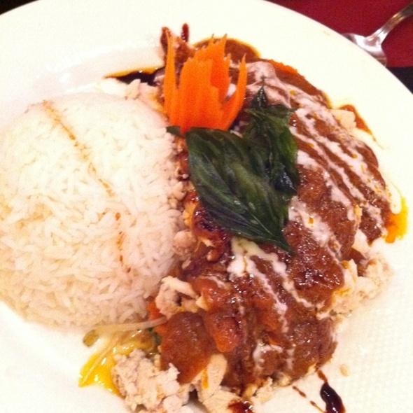 Peanut Butter Chicken - Chada Thai - Coquitlam, Coquitlam, BC