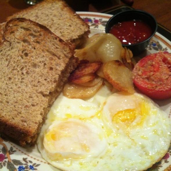 2 Eggs Over Medium With Potatoes & Ww Toast - Simpson's, Albany, NY