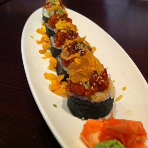 Crunchy Spicy Tuna Roll - Sukiyaki House, Calgary, AB
