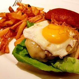 Wagyu Cheeseburger - The Capital Grille - Seattle, Seattle, WA