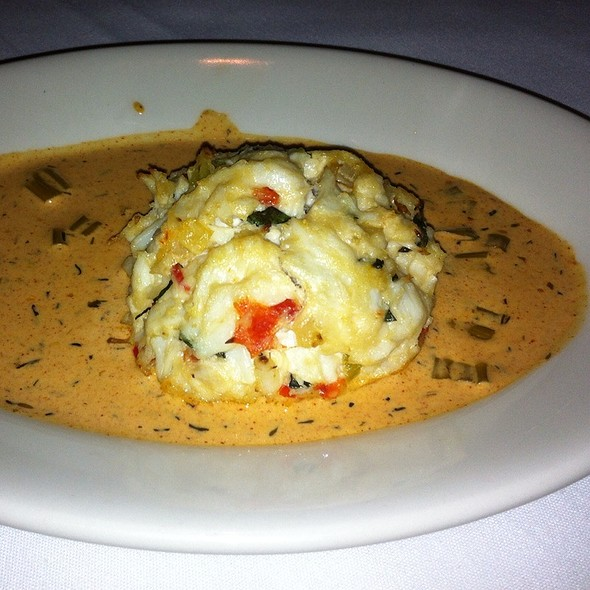crab cake - Del Frisco's Double Eagle Steak House - New York City, New York, NY
