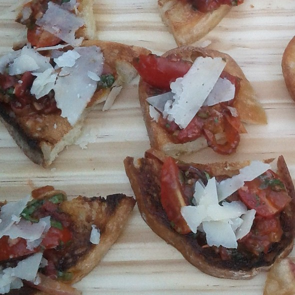Tomato Conserva Bruschetta - In Riva, Philadelphia, PA