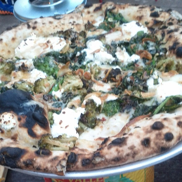 Broccoli Mist Pizza - In Riva, Philadelphia, PA