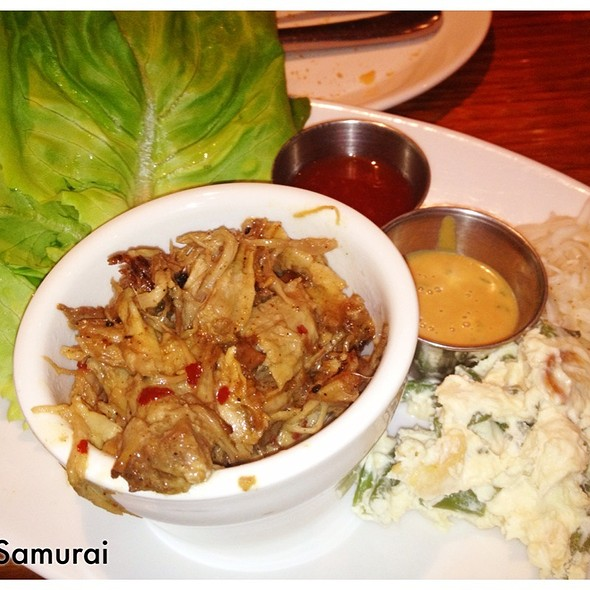 Braised Pork Lettuce Wraps - The Tap House, Tuckahoe, NY