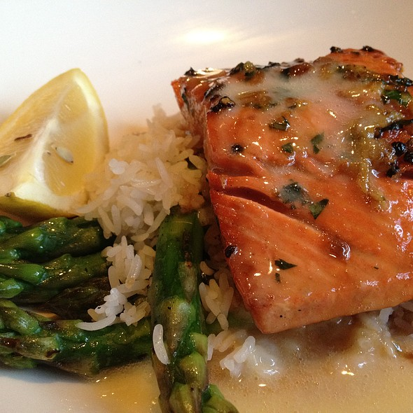 Salmon - Spaghettini Grill and Jazz Club, Seal Beach, CA