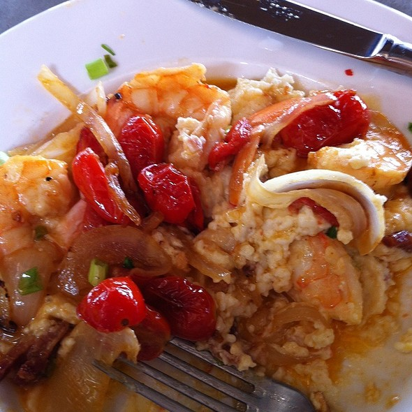 Shrimp and Grits - Bridges Restaurant - MD, Grasonville, MD