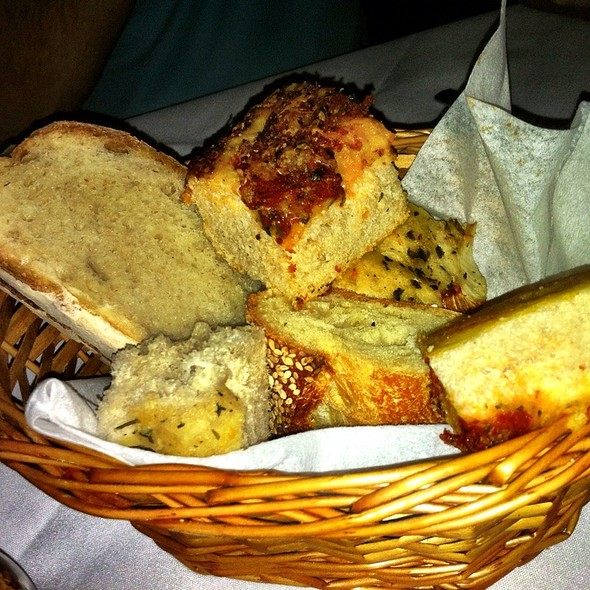 Bread - Carmine's - 44th Street - NYC, New York, NY