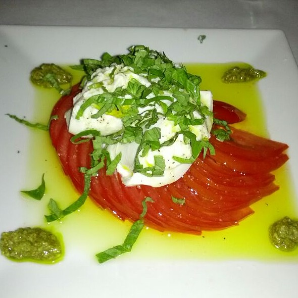 Caprese Salad - Cobalt Grille, Virginia Beach, VA