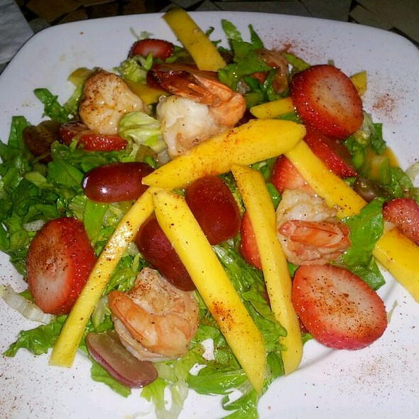 Tropical Island Salad With Grilled Shrimp Skewers - Cancun, New York, NY