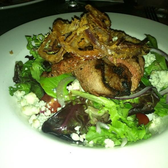 Black And Blue Steak Salad - The Front Page - DC, Washington, DC