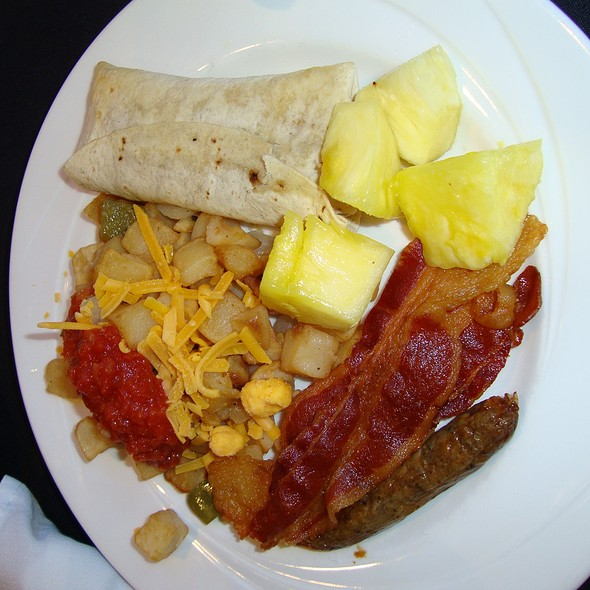 Breakfast Buffet - Balto Tavern & Tap - Sheraton Baltimore City Center, Baltimore, MD