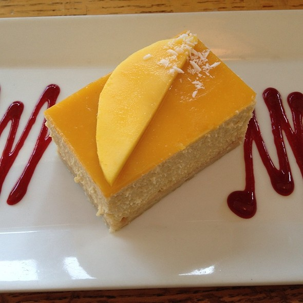 Mango Cheesecake - Blind Faith Cafe, Evanston, IL