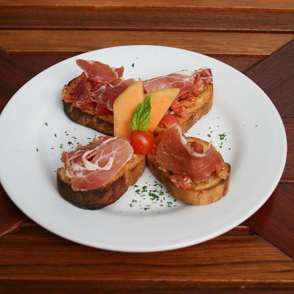 Bruschetta - Coexist Café, Puerto Vallarta, JAL